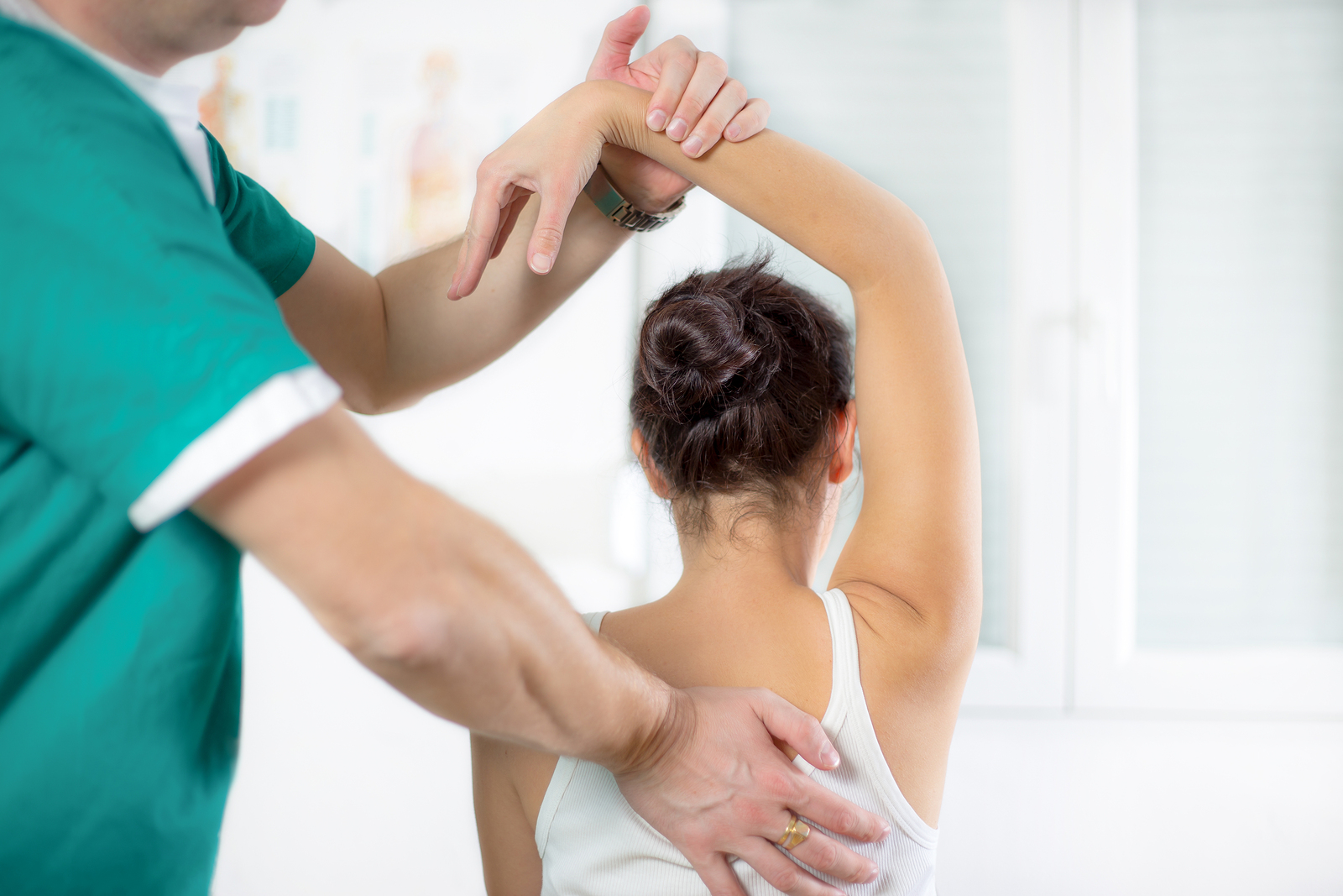 Whether you suffer from back pain, neck pain, headaches and migraines, or all three, our Everett chiropractor at Cornerstone Chiropractic can help you heal.